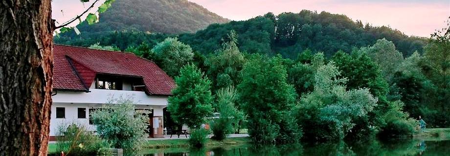 ribnik-smartno-pesca-slovenia.jpg